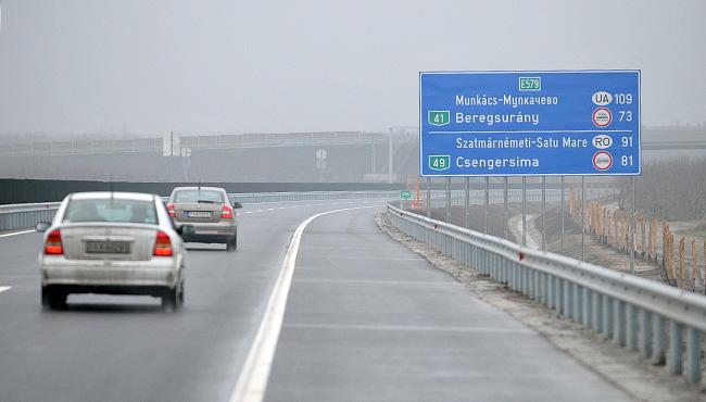 Záhonyig épül tovább az M3 autópálya