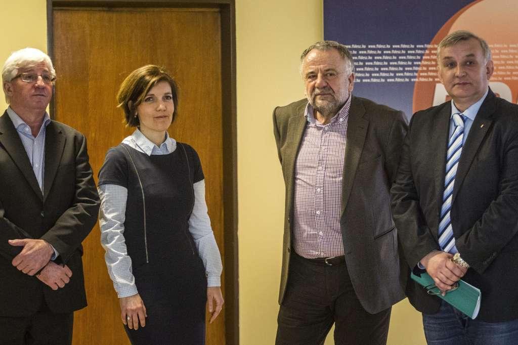 Családvédelmi Akcióterv: Septe József; Lakatos Tibor; Szöllõsi Réka