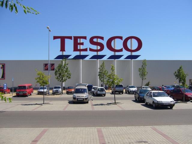 Megállapodtak a jövő januári béremelésről a Tescónál
