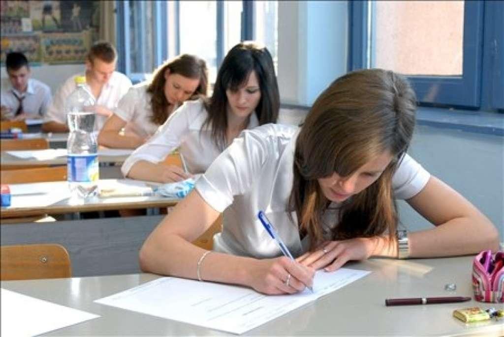 Ilyen feladatokat kell megoldaniuk a diákoknak a 2017-es magyarérettségin