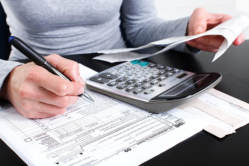 Az egyéni vállalkozóknak február 26-ig kell bevallaniuk és befizetniük az szja-t