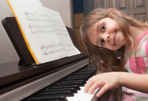 kislany_zongora