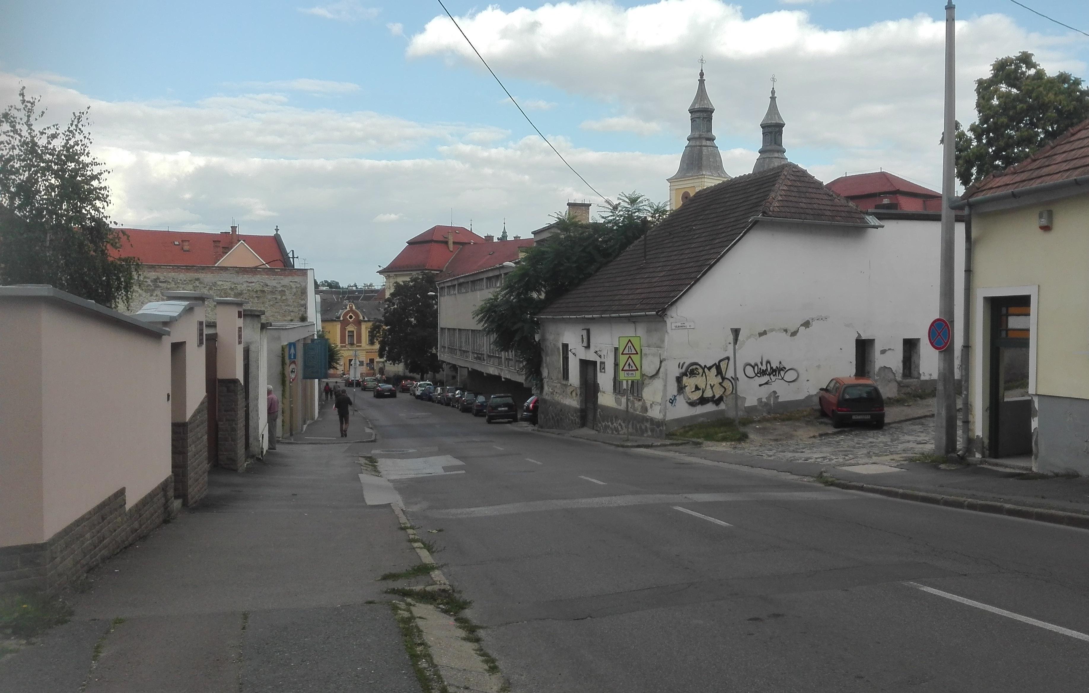 Megújul a Csiky Sándor utca!
