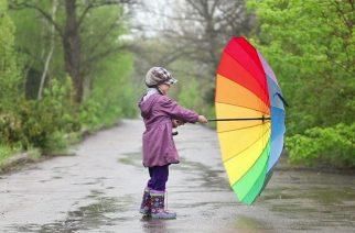 Elfér mindenkinél az esernyő - Fotó: shutterstock.com