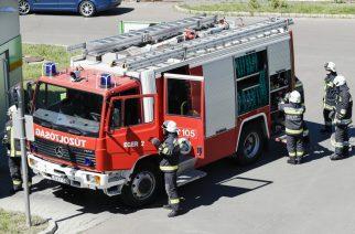 Jól szerepeltek a Heves megyei tűzoltók a kispályás labdarúgó tornán