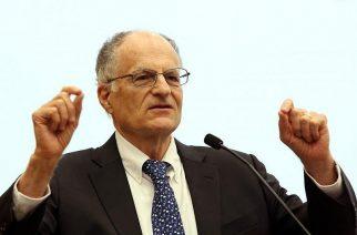 Egerben mondja meg a tutit a Nobel-díjas közgazdász