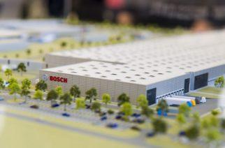 Hatvan, 2017. szeptember 15. A létesítmény makettje a Bosch német iparvállalat regionális logisztikai központjának alapkõletételi ünnepségén Hatvanban 2017. szeptember 15-én. MTI Fotó: Komka Péter