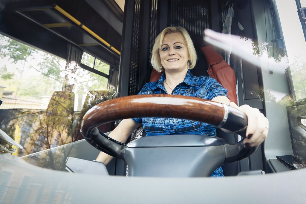 Tényleg maga lesz a sofőr? - ZalaMédia - A helyi érték