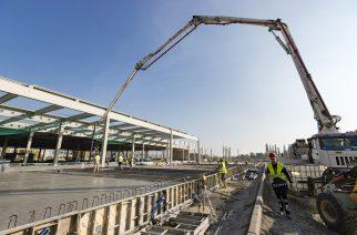 A ZF építkezése a déli iparterületen, 2017 novemberében (Fotó: Nemes Róbert)