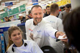 Több mint 60 millió forintot adományoztak a Tesco vásárlói a szeretet.éhség. kampányban