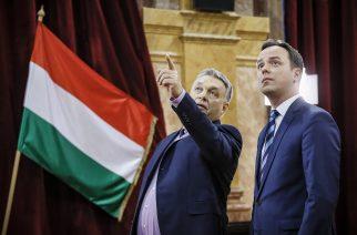 Orbán Viktor és Nyitrai Zsolt a városházán - Fotó: Nemes Róbert