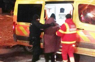 Az egri rendőrök egy átfagyott férfin segítettek