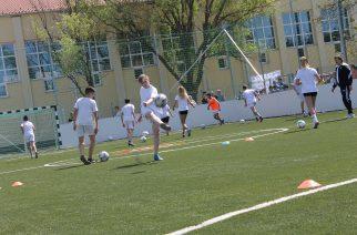 Az utánpótlásnevelést és a sportolni vágyókat szolgálja az új műfüves pálya Füzesabonyban