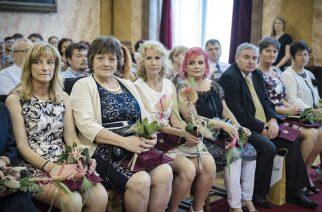Elismerték a legkiválóbbakat – Pedagógusok ünnepe Egerben (fotógaléria)