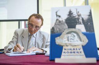 Elkészült a Király Róbert szobrászművész munkásságát bemutató könyv