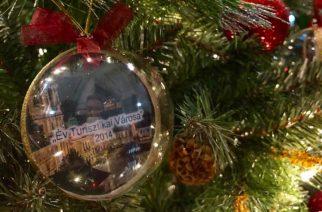 Eger által elnyert díjak és elismerések díszítik a polgármesteri karácsonyfát