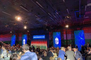 Huszonegyedik évértékelőjét tartja ma délután Orbán Viktor – Kémfotók