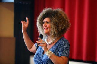 Soma Mamagésa tart előadást Egerben