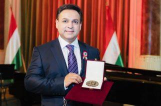 Művészeti kitüntetést kapott Mága Zoltán